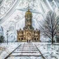 Церковь Знамения Пресвятой Богородицы в Дубровицах с 1990 г. является действующим храмом. :: Юрий Яньков