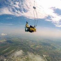 Прыжок с парашютом в тандеме :: Игорь Сикорский