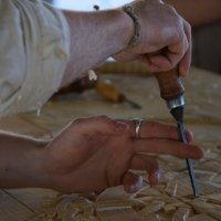 Самый лучший способ научиться — это смотреть на то, как работает мастер. :: Galina Leskova