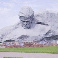 Памятник Мужество :: Сергей Поникаров