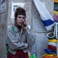 Разговор по телефону :: Alla Shapochnik