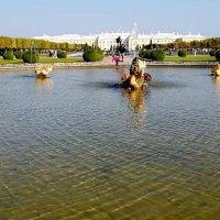 Петергоф, фонтан верхнего сада :: Люсьена Шах