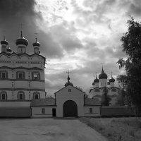 Николо-Вяжищский монастырь :: Зуев Геннадий