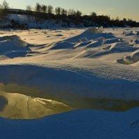 Ангарский лёд с подсветкой :: Сергей Шаврин