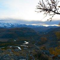 Над долиной Чуи. :: Валерий Медведев