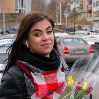 С Праздником Вас девушки! :: Владимир Батурин