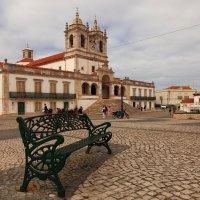 Центральная площадь в г.Назаре, Португалия :: Anna Budyakova