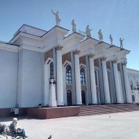 Добрый ,старый дворец Шахтёров. :: Георгиевич