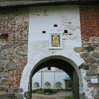 Никольские ворота Соловецкого монастыря :: Зуев Геннадий