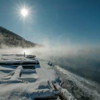Холодное солнце над студёной Ангарой. :: Rafael