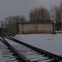 Ж-д въезд и ворота  КУМЗа. Северозападное направление. :: Михаил Полыгалов