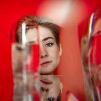 Цвет настроения красно-зеркальный :: Александр (sanchosss) Филипенко