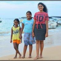 Ланкийские девчонки :: Mike Collie