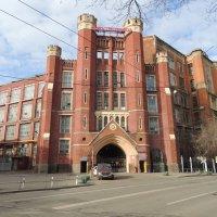 Старый корпус Электрозавода, Здание на Электрозаводской :: Александр Качалин