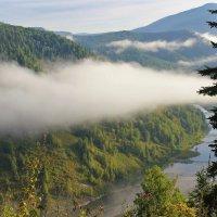 Утром над долиной :: Сергей Чиняев