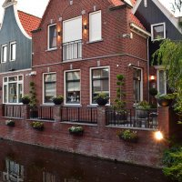 Архитектура и каналы Волендама. Нидерланды :: Татьяна Ларионова