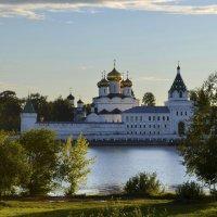 Свято-Троицкий Ипатьевский монастырь . Кострома. :: Татьяна Тюменка