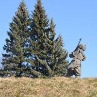 Великие Луки. Памятник Александру Матросову, март 202 :: Владимир Павлов