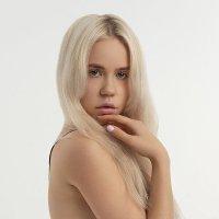 A CUTE LOOK :: Evgeniy Kushel