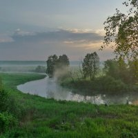 На излучине реки :: Валерий Иванович