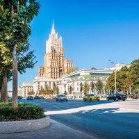 Смоленский бульвар :: Юлия Батурина