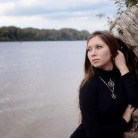 Улететь бы белой птицей, да крыльев больше нет... :: Юлия Троянова