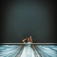Ди и её платье из люстры.... :: Батик Табуев