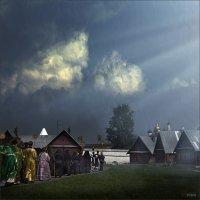 Крестный ход в Покровском женском монастыре :: Виктор Перякин