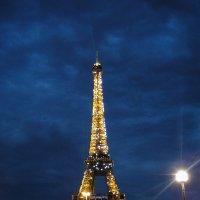 Ночь в Париже :: Рина Мызникова