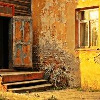 Ворота в Зазеркалье :: Дмитрий Тилинин