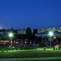 Ночь в городке :: Полина