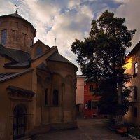 Вірменський дворик :: Андрій Кізима