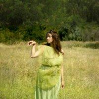 A touch of butterflies :: Maria Daskal