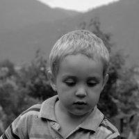 Задумчивый малыш :: Наталья Буданова
