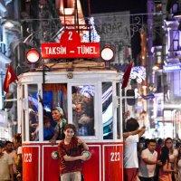 Красный трамвай. Стамбул :: Sergey Shandin