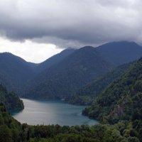 Озеро Рица :: Юрий Шувалов