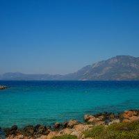 Бухта и пляж на острове Клеопатры в Эгейском море :: Ирина Приходько