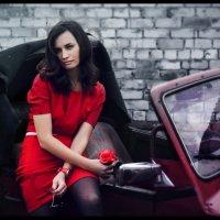 Lady in red... :: OLEG GOSTONN