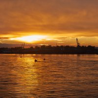 Закат на набережной Иркутска :: Елена Переверзина