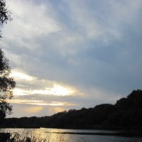 Вечер на реке Вороне :: Валерий