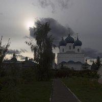 Высоцкий мужской монастырь. :: Инна Щелокова