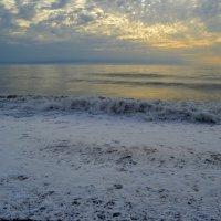 Белый пейзаж Чёрного моря :: Татьяна Лютаева