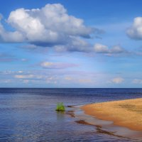 не обитаемый пляж :: Георгий А