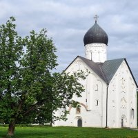 Церковь Спаса Преображения. 1374 г. :: Юрий Шувалов