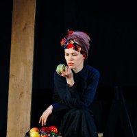 актриса Екатерина Терентьева в роли «Кормилицы» («Ромео и Джульетта») :: Andrew Barkhatov