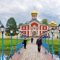 Валдайский Иверский монастырь. :: Юрий Шувалов