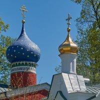 Свято-Успенский Псково-Печерский монастырь. :: Виталий Бобров