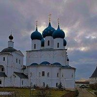 Серпухов. Мужской Высоцкий монастырь. :: Ирина