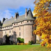 замок маркизы де Помападур (Pompadour) :: Георгий А