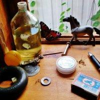 Натюрморт с бабочкой и спящим комариком . :: Святец Вячеслав